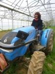 Le nouveau tracteur de Philippe.. adopté par Aline!